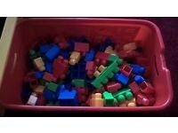 Mega Bloks 220 pc tub
