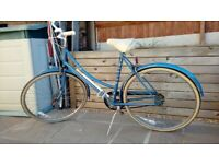 Ladies 26 inch Wheeled 3-gear Raleigh Bicycle (model Chiltern)