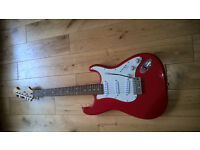 CRAFTER CRUISER STRAT STYLE RED/WHITE ELECTRIC GUITAR