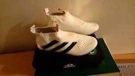 Football boots 4