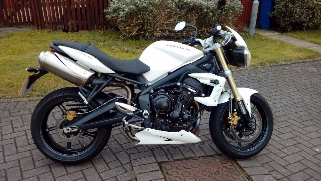triumph street triple 675 2012 in bishopbriggs glasgow gumtree. Black Bedroom Furniture Sets. Home Design Ideas