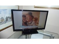 Celcus 22inch TV with build in Freeview mint condition only a couple of months old