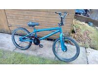 Bmx style stunt bike