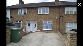 2 bedroom house to rent Sutton/Morden