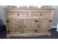Wooden side unit in very good condition £100 ono will deliver local