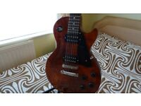 Gibson Les Paul Faded guitar (Mint condition)
