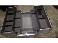 Metal Cantilever Tool Case