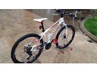 Cannondale Trail SL1 Mountain Bike(16 inch frame) Not Specialized, Cube, Scott, Merida