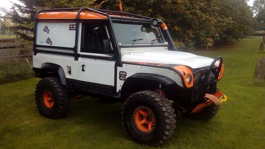 Defender Roll Cage Kit >> Land Rover 90 Defender Extreme Off Roader 1991 J Reg 12 Months MOT £1000s Spent SAT NAV & 2 ...