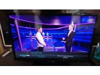 """Digihome 24"""" smart led tv with freeview"""