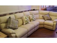 Leather corner suite/sofa electric recliners