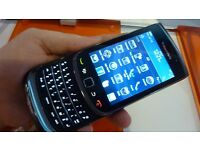 Blackberry torch slide mint unlocked with charger