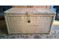 Sea grass chest