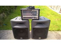 PEAVEY PA SYSTEM WITH SPEAKERS