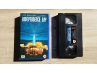 Independence Day VHS Video 1996 - Pristine with original inserts