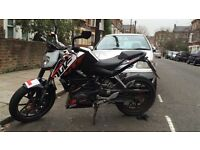 KTM DUKE 125 2014 (64PLATE) **MINT CONDITION(FULL SERVICE HISTORY)**