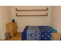 Self Contained Studio Room in Earley (near Reading University)