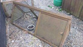outdoor / indoor animal hutch run