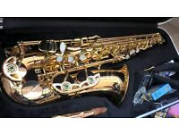 Alto Saxophone (Elkhart Series II) - in protective case (summer clear out)