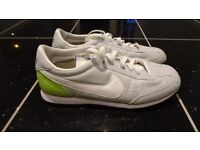 MENS NIKE ELITE SI TRAINERS SIZE 7