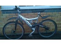 Barracuda Showdown Mountain Bike..