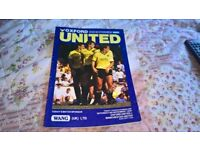 Oxford Utd v Manchester Utd 8/11/86 football programme