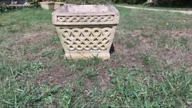 Concrete patterned pot