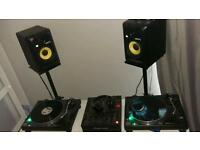 Technics 1210s mk2s with pioneer djm 600 and k romit g6 speakers full set up ready to go