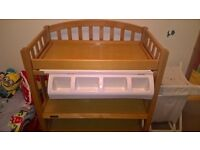 Mamas & Papas Gina Dresser / Changing Table with hidden bath