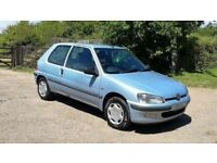 2002 1.1 Peugeot 106 cheap tax & insurance/excellent 43+ MPG/easy parking/12m MOT £425