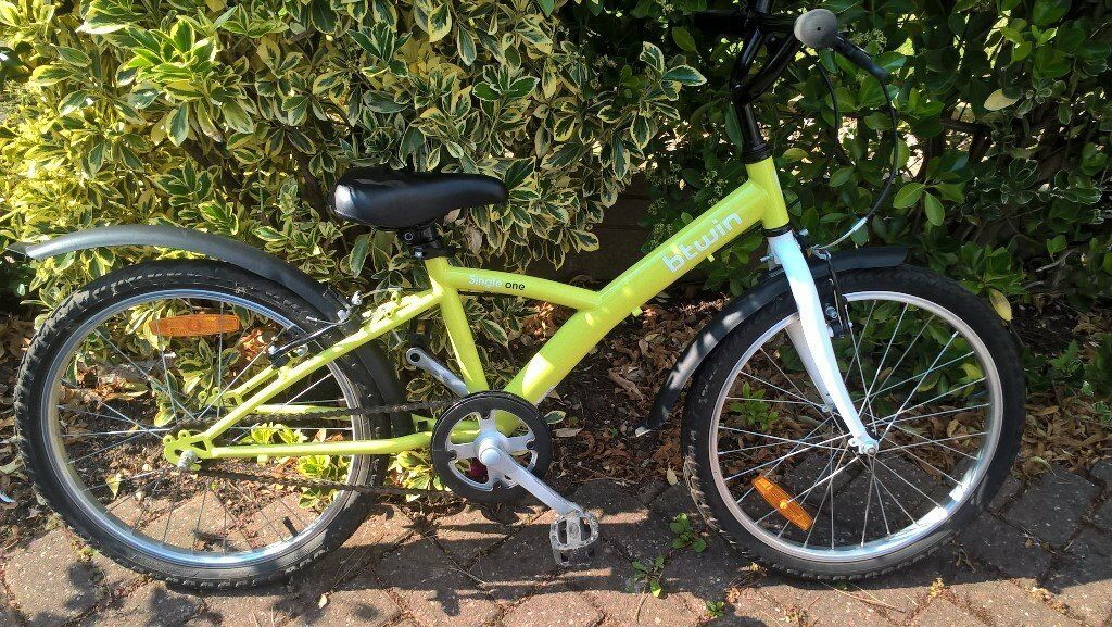 """For Sale Children's """"B'Twin"""" cycle - Excellent condition suits 6-9 years old boy or girl"""