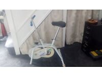 CChallenge folding exercise bike with mileometer and speedometer and variable tension