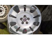 "Fiat Doblo 4x Standard 16"" steel wheels and trims"