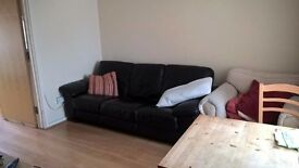 Large Double Room Close to Science Park/A14 £520 pcm (all bills included) Available 2 April