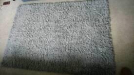 Fluffy large Grey Rugg