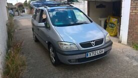 excellent little 7 seater, manual 1.8