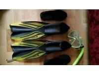 Junior mask, fins, snorkel & sand shoes