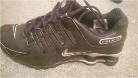 Nike Shox NZ Size 9 UK 44 EU Black / Reflect Silver - Brand New
