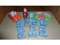 PEPPA PIG FAMILY CAR, PLAY GROUND ROUNDABOUT, GRANDAD PIG TRAIN & CARRAGE, 7 SCHOOL DESKS & BENCHES