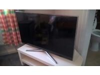 Samsung 40'' Full HD 1080p LED Smart TV - Excellent Condition