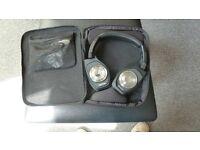 Denon AH-NCW500 Bluetooth headphones