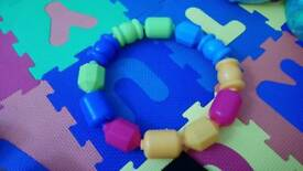 Snap lock connector beads toy