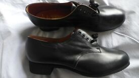 Good quality shoes. BRAND NEW women's, black, real leather, lace-up shoes. UK size 9, European 41-42