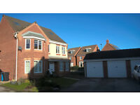 5 Bedroom Detached House with Double detached garage in Kingswood Hull