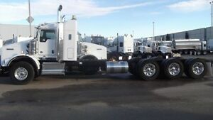 2015 Kenworth T800 TRI-AXLE CAB & CHASSIS