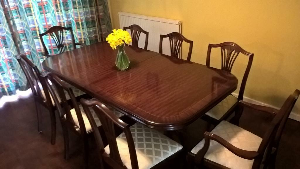 Extendable Bridgecraft Dining Table In Mahogany