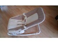 Mamas and Papas baby cradle/rocker