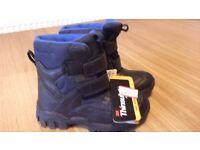 new unworn winter boots size 13