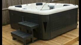 Brand new hot tub, never used, still in wrapper on pallet ready to go. With 10months warranty.