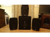 3- 10 inch speakers 1 -15 inch with built in amps.